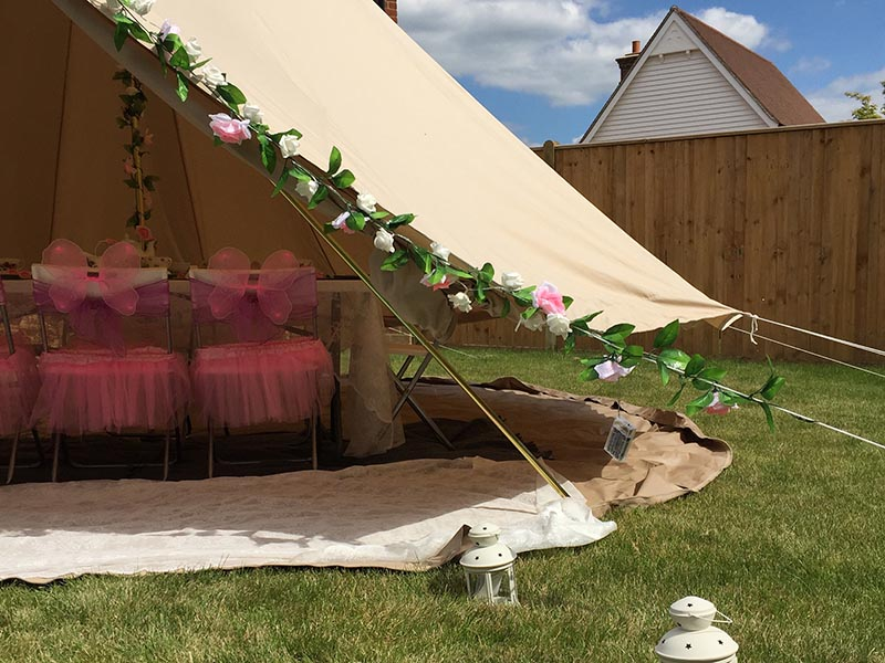 Bell Tent Hire for Parties u0026 Sleep Overs & Bell Tent Hire for Parties u0026 Sleep Overs | Solihull Midlands ...