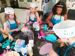 Childrens Cake Decorating Parties